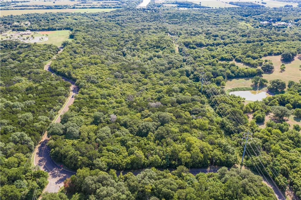 122,3,4,5,6 Lovers Leap Road Waco TX - Stacy Shilling